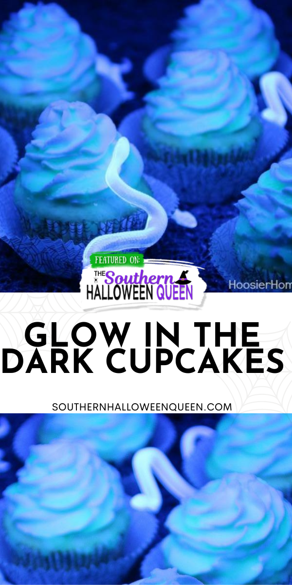 HOW TO MAKE GLOW IN THE DARK CUPCAKES - These Glow in the Dark Cupcakes will put your kids {and adults} in awe of you, but Shhh…don't tell them…they are really easy!  via @southernhalloweenqueen