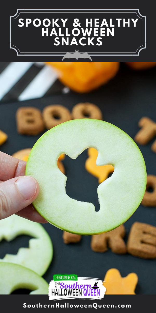 SPOOKY AND HEALTHY HALLOWEEN SNACKS - These healthy Spooky and Healthy Halloween Snacks are quick, easy, and frustration-free! via @southernhalloweenqueen